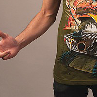 Electric Zombie Griller Olive Tシャツ