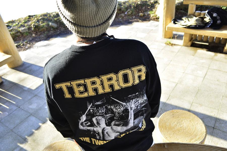 TERROR Crewneck